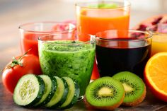 There are many types of detox diets. Here we are sharing two of the healthy pro ana detox diet plans that can help you lose your weight in a healthy way. Dietas Detox, Jus Detox, Detox Kur, Detox Plan, Detox Life, Vegan Detox, Colon Detox, 3 Day Juice Cleanse, Juice Cleanse Recipes
