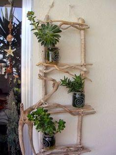 porta maceteros con madera reciclada maceteros con frascos de vidrio reciclados jardines verticales