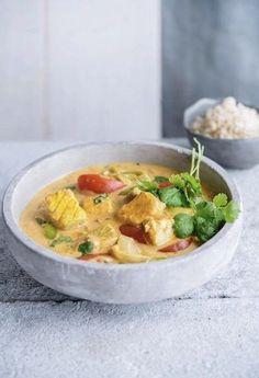 Viscurry met tomaat en kurkuma Diner Recipes, Fish Recipes, Seafood Recipes, Asian Recipes, Vegetarian Recipes, Healthy Recipes, Healthy Food, I Want Food, Feel Good Food