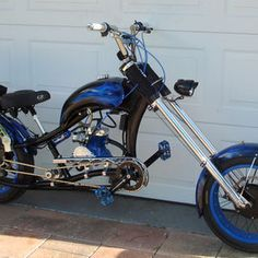 Photos of custom motorized bicycles.See OCC Schwinn Stingray choppers we've motorized.Also rat rods & cruisers, e-bikes or ones with gas and electric motors. Bicycle Engine Kit, Bicycle Wheel, Bike Chopper, Gas Powered Bicycle, Bicycles For Sale, Motorised Bike, Motorized Bicycle, Trike Bicycle, Power Bike