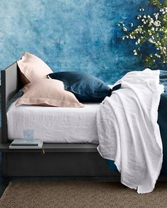 The airy softness of pure linen feels wonderful any time of year, and our Eileen Fisher washed linen bedding only gets better over time. Beautifully detailed to create timeless bedscapes that transcend the seasons. The foundation for a casually elegant bed. Simplicity is luxury.