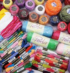 Mini Amigurumis paso a paso, Patrones en español Amigurumi Tutorial, Crochet Patterns Amigurumi, Crochet Dolls, Diy Crochet, Crochet Baby, Craft Accessories, Tapestry Crochet, Crochet Videos, Crochet Projects