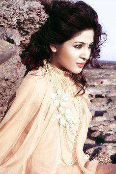 Beautifull Pakistani women  ayesha omar