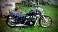 Virago 250 bobber Virago 535, Yamaha Virago, Vintage Motorcycles, Cars Motorcycles, Bobber Bikes, Old School, Harley Davidson, Honda, Vehicles