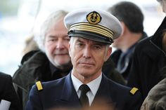 Yann Cariou , capitaine de la frégate l' Hermione