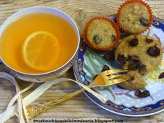 Muffinki owsiane z miodem i żurawiną