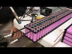 Building a Battery Pack with 18650 Lithium Ion Cells Robotics Projects, Solar Projects, Energy Projects, Solar Battery, Lead Acid Battery, Diy Electronics, Electronics Projects, E Motor, Energy Storage