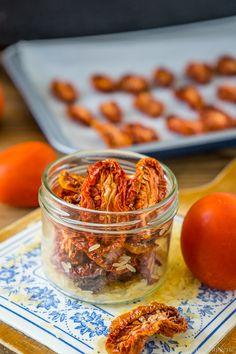 Getrocknete Tomaten 1 Chutney, Diy Food, Vegan Vegetarian, Cereal, Recipies, Vegan Recipes, Food And Drink, Banana, Snacks
