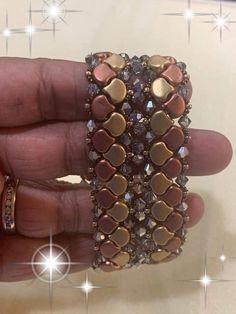 Beaded Braclets, Beaded Bracelets Tutorial, Beaded Jewellery, Bead Jewelry, Jewelry Making, Pulsar, Bead Patterns, Bead Weaving, Kite