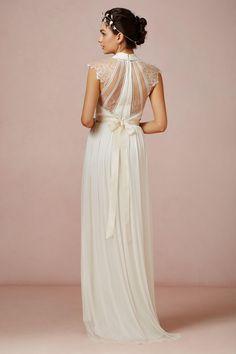Seriously gorgeous wedding dress