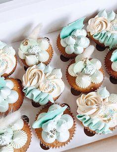 Fluffy Cupcakes, Pastel Cupcakes, Elegant Cupcakes, Fancy Cupcakes, Buttercream Cupcakes, Pretty Cupcakes, Beautiful Cupcakes, Tropical Cupcakes, Green Cupcakes