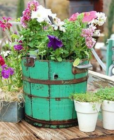 19 Surprisingly Awesome DIY Garden Decorations That Everyone Can Make