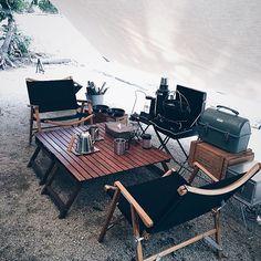 のタトンカ/カーミットチェア/外リビング/男前/男前インテリア/古道具…などについてのインテリア実例を紹介。「夏の思い出pic③ お気に入りのキャンプギアたち 家で使っている物をそのままキャンプで使う事も多いです♪ 」(この写真は 2016-08-31 16:52:35 に共有されました)