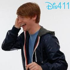 Calum Worthy Meeting Fans In Pittsburgh On November 23, 2013