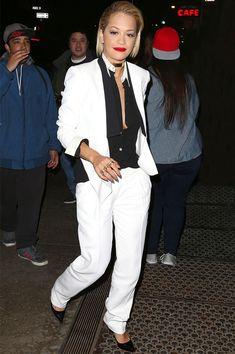 Look tomboy da cantora Rita Ora.