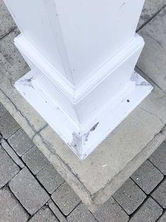 column before peeling Painting Trim, House Painting, Diy Painting, Concrete Front Steps, Wood Repair, Diy Home Cleaning, Cleaning Hacks, Home Staging Tips, Peeling Paint