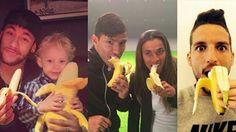 Neymar, Aguero, Marta i Mertens jedzą banany :)