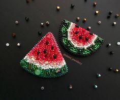 ◾03◾06◾17 У нас появился ещё один арбузик люблю оба А какой вам больше нравится? #броши_alami #брошь_арбузик