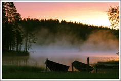 Those magical summer nights when sun doesn't sleep and the night feels young. A fantastic feeling. Finland Summer, Beautiful Places, Beautiful Pictures, Walk In The Woods, Countries Of The World, Summer Nights, Amazing Nature, Northern Lights, Tourism