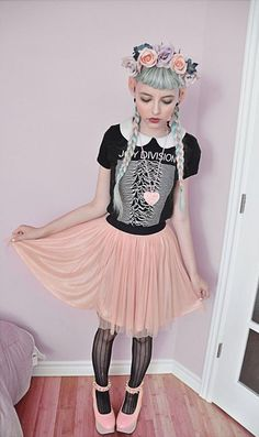 Pastel Pink Tulle Skirt, Ardene Black Lace Tights, Pink Horse Shoes, Floral Crown, and a Band T Over a White Collared Dress