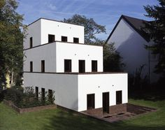Uwe Schröder — Haus Hundertacht, 2000-2007, Bonn