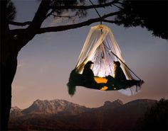 Hanging Tent/Extreme Camping