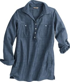 Embrace the pioneering spirit of authentic chambray in this women's Chambray Tunic from Duluth Trading Company. Packed with practical features like underarm gussets and ample pockets, it'll show you why chambray has been a favorite for generations of hard