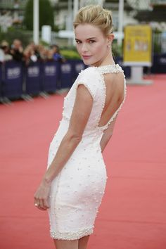 More Pics of Kate Bosworth Bobby Pinned updo