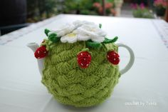 cbt_strawberry-teacosy+%283%29.JPG (1600×1071)