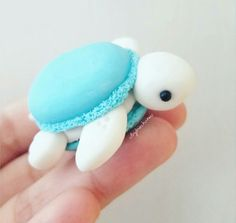 After I saw macaronified her Melli, I knew I had to macaronify my turtles!💖 polymerClay polymer clay Sculpey, Premo, Fimo is part of Cute desserts - Cute Polymer Clay, Cute Clay, Polymer Clay Crafts, Polymer Clay Turtle, Polymer Clay Creations, Macarons, Cute Food, Yummy Food, Kreative Desserts