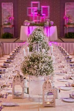 An all-white floral tableau creates a chic look perfect for a modern-day fairytale wedding. | Styling by Gideon Hermosa | www.BridalBook.ph