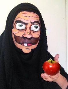 Disney villan Snowwhite's evil queen face paint