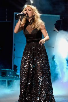 Carrie Underwood Ruled the 2015 CMT Awards