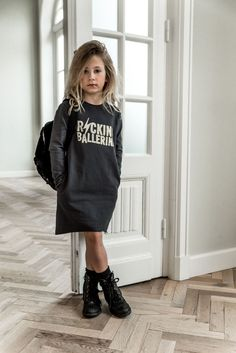 Sweatdress rocking ballerina Source by scoutthecity fashion kids Little Girl Outfits, Cute Outfits For Kids, Little Girl Fashion, Toddler Outfits, Kids Outfits Girls, Kids Winter Fashion, Winter Fashion Outfits, Sweater Fashion, Kids Fashion