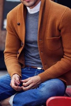 rust colored shawl cardigan, gray crew neck t-shirt over a white button down and rolled denim // great fall men's outfit