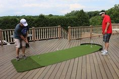 Big Moss x Commander Outdoor Putting Green Tennis Tips, Golf Tips, Outdoor Putting Green, Golf Club Sets, Golf Clubs, Cup Sleeve, Golf Putting, Indoor Outdoor, Outdoor Decor