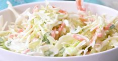 - A must for the summer, my cabbage salad is all the rage! Salad Recipes, Vegan Recipes, Cooking Recipes, Vegan Food, Cabbage Salad, My Best Recipe, Healthy Vegetables, Cold Meals, Coleslaw