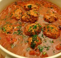 Khoorosht'd Kofteh Reece - Meatball stew 15 Assyrian Foods That Are Delicious Lebanese Recipes, Asian Recipes, Ethnic Recipes, Israeli Recipes, Arabic Recipes, Veggie Recipes, Real Food Recipes, Dinner Recipes, Veggie Food