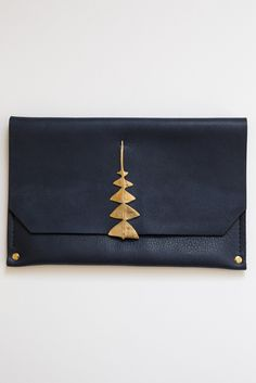 samantha grisdale navy dreamleaf clutch – Lost & Found