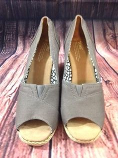 Toms Wedge Slip On Open Toe Size 10 Gray Canvas EUC  #TOMS #OpenToe #Casual