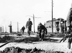German infantry cautiously advance on the outskirts of Warsaw, Poland on September 16, 1939. (AP)
