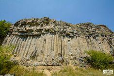 Lecția de geologie de la Racoș - Vulcanul stins și Lacul de Smarald Turism Romania, Cloud 9, Mount Rushmore, Grand Canyon, Mountains, Nature, Travel, Romania, Naturaleza