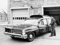 1963 Pontiac Bonneville Military Ambulance by Superior