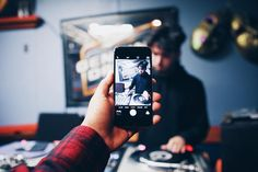 Just @devinhype cutting it up in the office  #vsco #turntablist #turntablism #dj #devinhype #photography #iphoneography #iphonography #realdjing