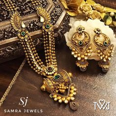 Jewelry Stores Near Me That Buy Watches this Jewellery Exchange Nelspruit than Jewellery Box Making Ideas through Contemporary Jewellery In Context even Online Jewellery Shopping Jaipur Antique Jewellery Designs, Gold Jewellery Design, Gold Jewelry, Jewellery Box, Jewellery Shops, Jewelery, Jewelry Stores, Amrapali Jewellery, Gold Necklaces