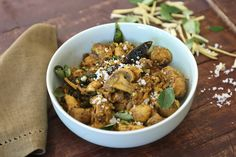 A delicious vegetarian recipe for South Indian mushrooms with Kerala flavours that is easy to cook.