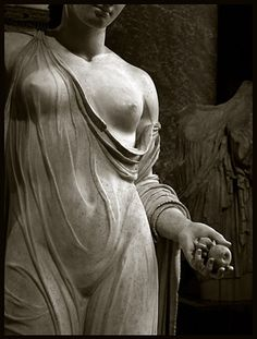 Goddess: Unknown Greek statue (probably Aphrodite) The Louvre Museum, Paris. Photo Photos: Olivier Daaram Jollant © All rights reserved. Ancient Greek Art, Ancient Greece, Dark Romance, Louvre Museum, Louvre Paris, Sacred Feminine, Divine Feminine, Renaissance, Mother Goddess