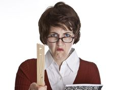How's your grammar? Would your high school grammar teacher be proud or would he or she be very unhappy with you? Check out these easy hacks and you won't run the risk of a grammar blowup. Angry Teacher, School Teacher, Math Teacher, Teacher Stuff, Sixth Grade Math, Service Public, Christian Life Coaching, Literary Theory, Grammar