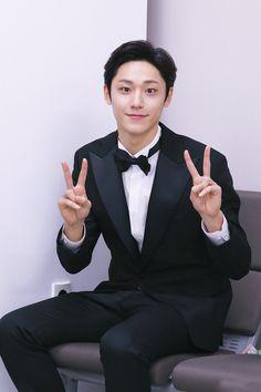Iu Moon Lovers, K Idols, Korean Actors, Wallpaper Backgrounds, Blood, Films, Handsome, Romantic, Kpop