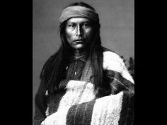 White Wolf : Elders talk about the significance of long hair in Native American Cultures Naiche - Chiricahua Apache Youngest son of Cochise Native American Beauty, Native American Photos, Native American Tribes, Native American History, American Indians, Apache Indian, Native Indian, Indian Man, First Nations